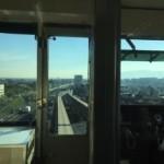 大阪モノレール先頭車両の席は面白い